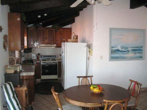 125Este-kitchen