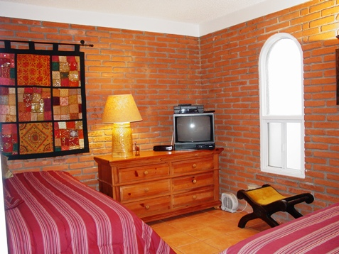 CASA-DELFIN-Twin-room