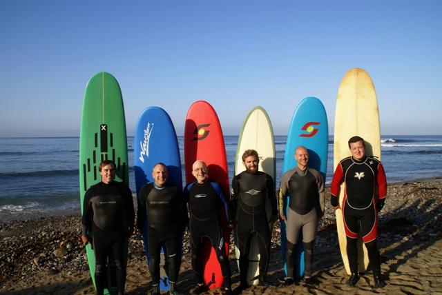 Las Gaviotas surf trip group