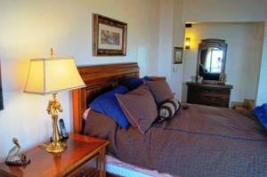 b45-MASTER-bedroom