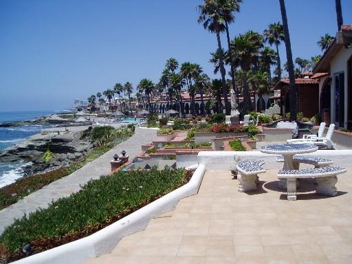 casa-de-tomas large patio